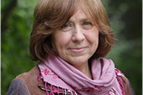 photograph of Svetlana Alexievich